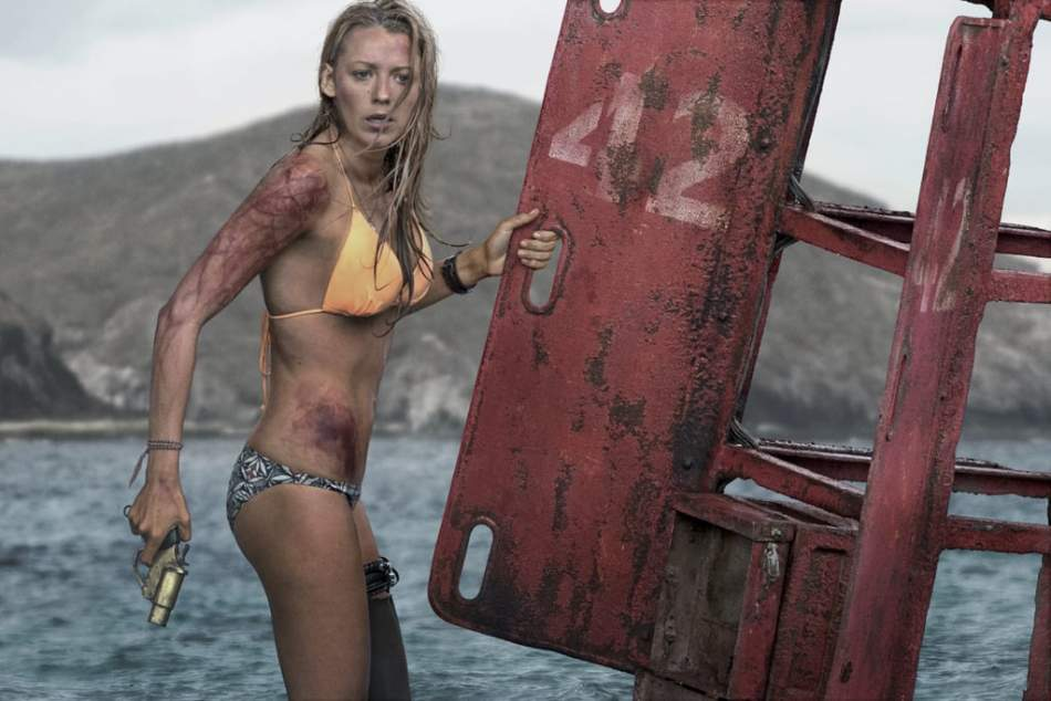'Blake Lively did a huge work in this movie': interview with actor from  'The Shallows' Óscar Jaenada