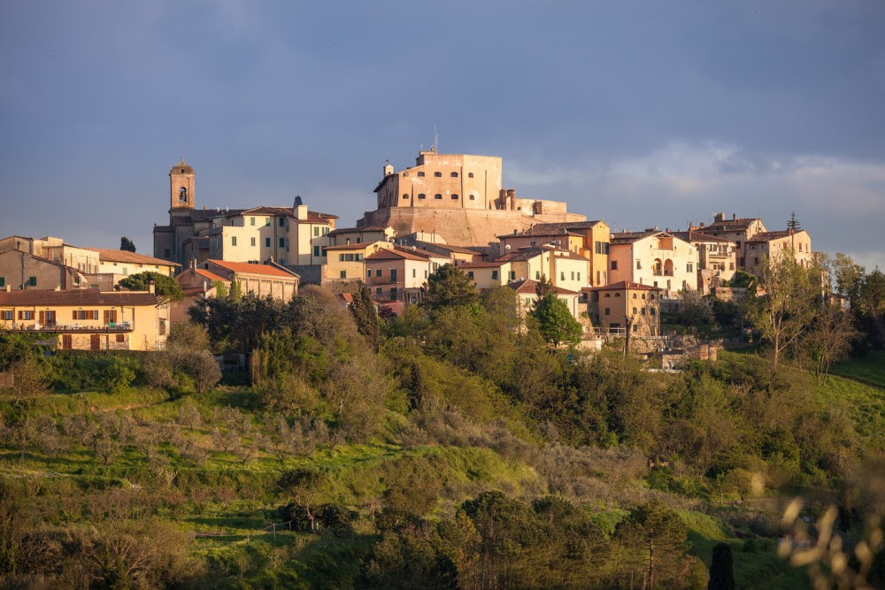 Lari, municipality of Italy - Tuscany - images